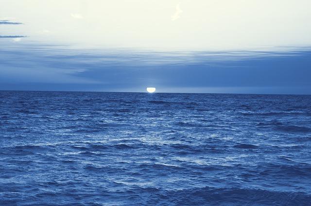 sunset-414279_640